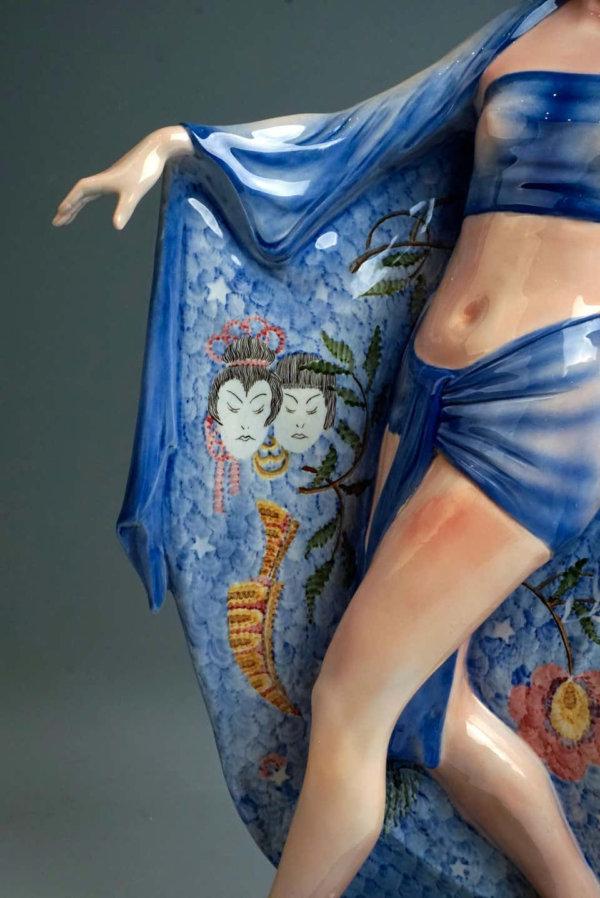 Goldscheider Keramik, Die Tempeltänzerin